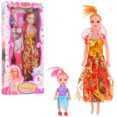Лялька з нарядом V 131 A в коробці