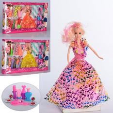 Лялька з нарядом 8831 B в коробці